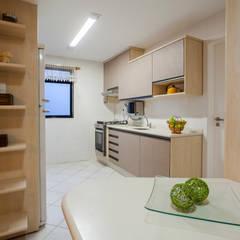 Cozinha: Cozinhas pequenas  por La Decora