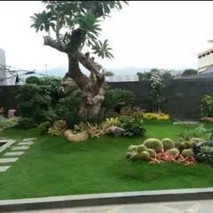 Casetas de jardín de estilo  por Tukang Taman Surabaya - Tianggadha-art