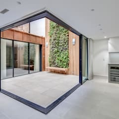 Cửa kinh by IQ Glass UK