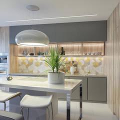 Женская логика: Встроенные кухни в . Автор – GELA_design,