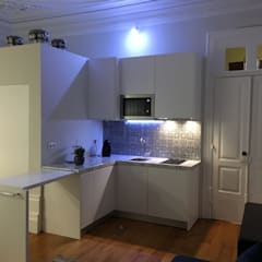 Foz: Cozinhas  por Designer's Mint Studio