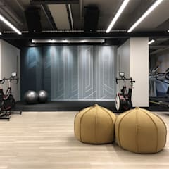 FOLLOW CLINIC & GYM:  Commercial Spaces by POCKET SQUARE LTD , Modern