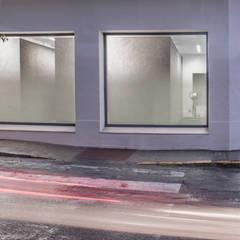 Clínicas de estilo  por Javier Chulvi. Arquitectura e Interiorismo