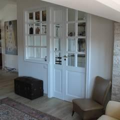 Salones de estilo  de Caleidoscopio Architettura & Design, Clásico
