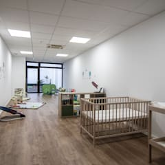 Escola infantil SOMNI: Escuelas de estilo  de Javier Chulvi. Arquitectura e Interiorismo