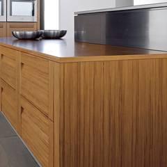 Muebles de Cocina - Café con Leche: Comedores de estilo  por Corporación Siprisma S.A.C