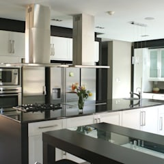 www.signaturekitchens.co.za:  Built-in kitchens by Signature Kitchens,