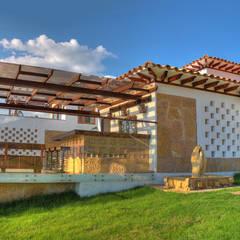 La Casa en el Aire: Casas de estilo  por cesar sierra daza Arquitecto