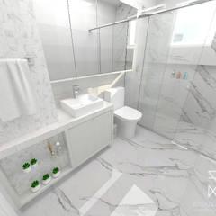 Baños de estilo  por Rafaela Longhi Arquitetura e Interiores