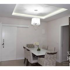 Sala de Jantar: Salas de jantar  por Rafaela Longhi Arquitetura e Interiores