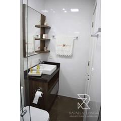 Projeto de Reforma e Projeto de Interiores M&V Banheiros clássicos por Rafaela Longhi Arquitetura e Interiores Clássico Cerâmica