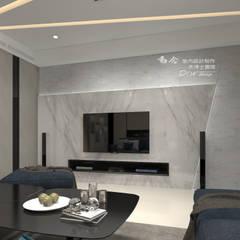Living room by 木博士團隊/動念室內設計制作