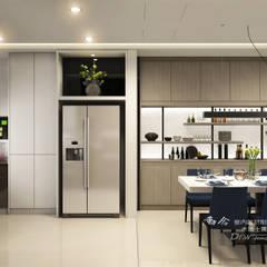 Kitchen units by 木博士團隊/動念室內設計制作