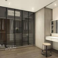 Dressing room by 木博士團隊/動念室內設計制作