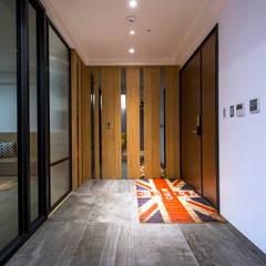 ระเบียงและโถงทางเดิน by 富亞室內裝修設計工程有限公司