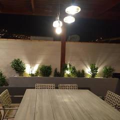 Terraza en azotea : Terrazas de estilo  por Oniria Arquitectura , Moderno