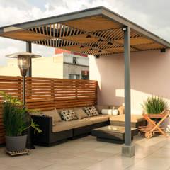Modern balcony, veranda & terrace by Boceto Arquitectos Paisajistas Modern