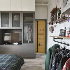 Bedroom by 澄月室內設計