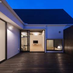 平屋デザインの家 OUCHI-41: 石川淳建築設計事務所が手掛けた庭です。