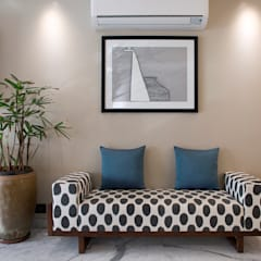 Living room by Finelines Designers Private Limited