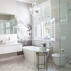 House Lilford:  Bathroom by Bespoke Bathrooms