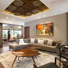 6 BHK, NEPEAN SEA ROAD:  Media room by Finelines Designers Private Limited