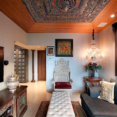 3 BHK, NARAYAN DABHOLKAR ROAD:  Media room by Finelines Designers Private Limited