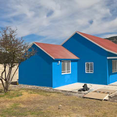Prefabricated home by Casa Prefabricada en Mexico., Country Metal