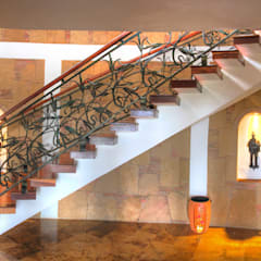 Stairs by cesar sierra daza Arquitecto
