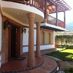أبواب رئيسية تنفيذ cesar sierra daza Arquitecto