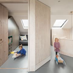 The Etch House:  Corridor & hallway by Shape London