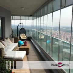 Balcón de estilo  por Albert Genau