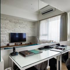 مكتب عمل أو دراسة تنفيذ 弘悅國際室內裝修有限公司, أسيوي