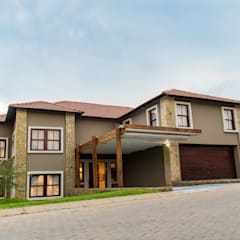Houses by TOP CENTRE PROPERTIES GROUP (PTY) LTD