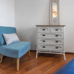 Cuartos pequeños  de estilo  por ImofoCCo - Fotografia Imobiliária