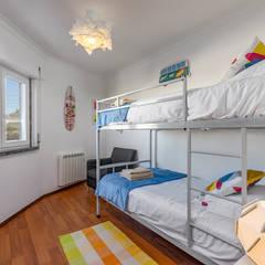 Habitaciones juveniles de estilo  por ImofoCCo - Fotografia Imobiliária