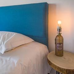 Small bedroom by ImofoCCo - Fotografia Imobiliária, Mediterranean
