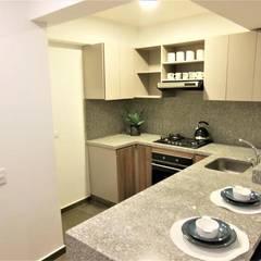 Espectacular Apartamento Club House 3 Alcobas 3 Baños 2 Garajes : Cocinas de estilo  por AlejandroBroker,