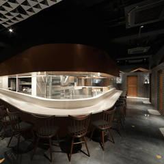 青山表邸: PODAが手掛けたレストランです。