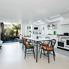 Kitchen by interiors.family