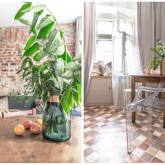 Cocinas pequeñas de estilo  por Pracownia Zew