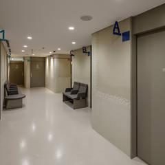 Hospitals by 高野俊吾建築設計事務所