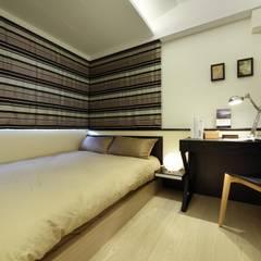 Dormitorios pequeños de estilo  por 雅群空間設計 , Escandinavo
