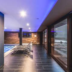 Realizacja basenu w domu jednorodzinnym w Rudzie Śląskiej: styl , w kategorii Basen zaprojektowany przez Archi group Adam Kuropatwa