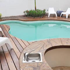 Refreshing - Piscinas y Jacuzzis: Piscinas de jardín de estilo  por Corporación Siprisma S.A.C,