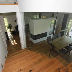Escaleras de estilo  por archipur