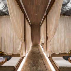 Spa - Centro Comercial El Polo II, Surco: Spa de estilo  por Baum Studio, Moderno