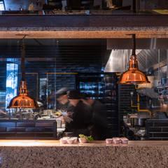 LOMA LINDA INSURGENTES: Cocinas de estilo  por Simple Mob sa de cv