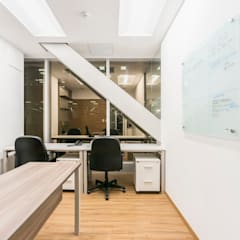 Oficina Corporativa - Edificio Panorama, Surco: Oficinas y Tiendas de estilo  por Baum Studio