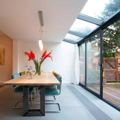 Modern conservatory by Studioschaeffer Architecten BNA Modern